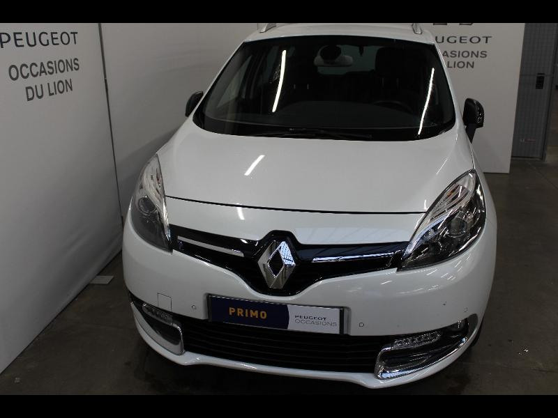 voiture occasion renault grand scenic 16 dci 130ch energy bose euro6 7 places 2015. Black Bedroom Furniture Sets. Home Design Ideas